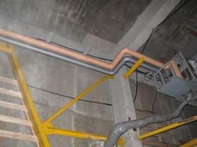 冷凍倉庫の冷媒配管工事