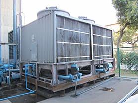 冷却塔の更新工事