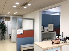オーバーホール、空調機整備、配管工事、冷凍機のメンテナンス、工事、修理、整備。社内の様子写真